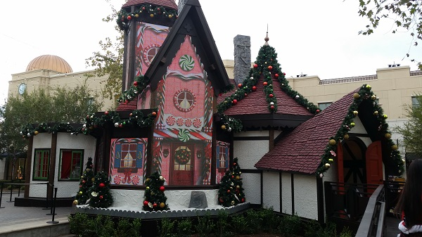 "Pictures of ""Adventure to Santa"" Christmas house at Victoria Gardens in Rancho Cucamonga"